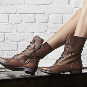 STEVE MADDEN | cognac troopa combat boots